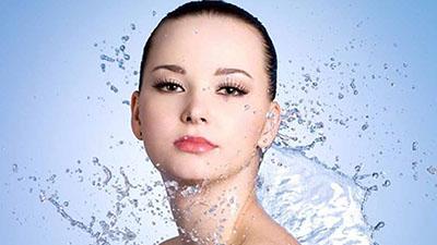 Bước 1: Làm sạch da - Quy trình trẻ hóa da bằng Mesogun