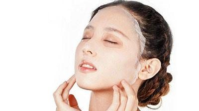 Bước 5: Đắp mặt nạ Collagen giúp tăng sinh Collagen, xóa nhăn, chống lão hóa
