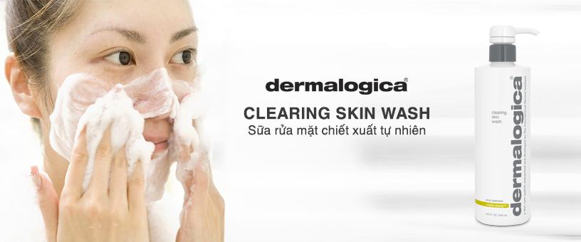 Bước 1: Rửa mặt sạch với Clearing Skin Wash