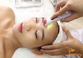 Tế bào gốc lăn kim trị sẹo rỗ có hiệu quả không?