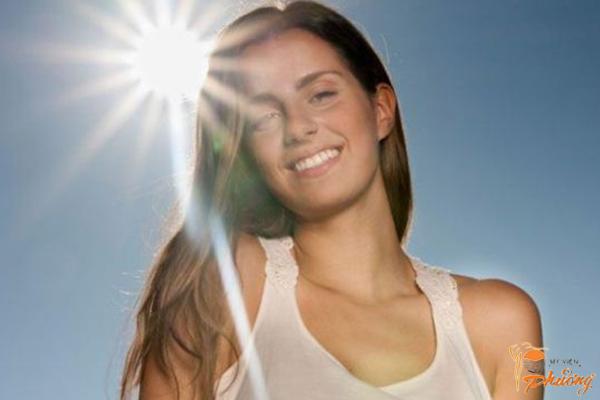 Trị nám da mặt do ánh nắng mặt trời