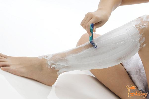 Tổng hợp những cách triệt lông chân bạn cần biết