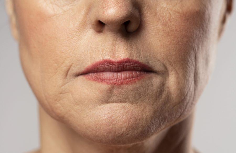 Cung cấp canxi giúp bảo vệ khung cương cơ mặt